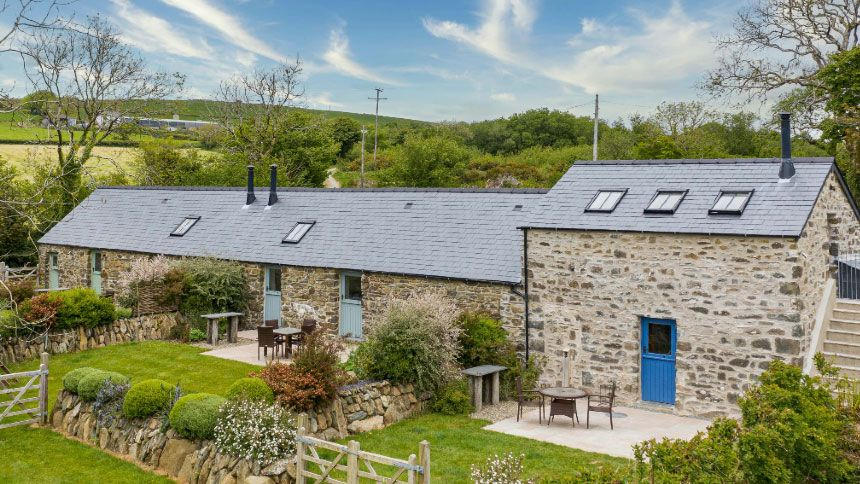 Wales Holiday Cottages - £39 off for Volunteer & Charity Workers