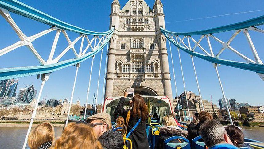 London Sightseeing Bus Tours - 10% Volunteer & Charity Workers discount
