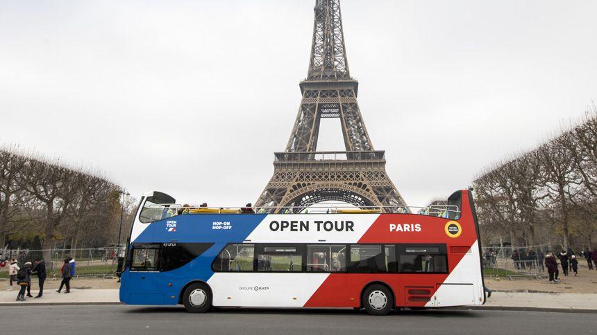Paris Sightseeing Bus Tours - 10% Volunteer & Charity Workers discount