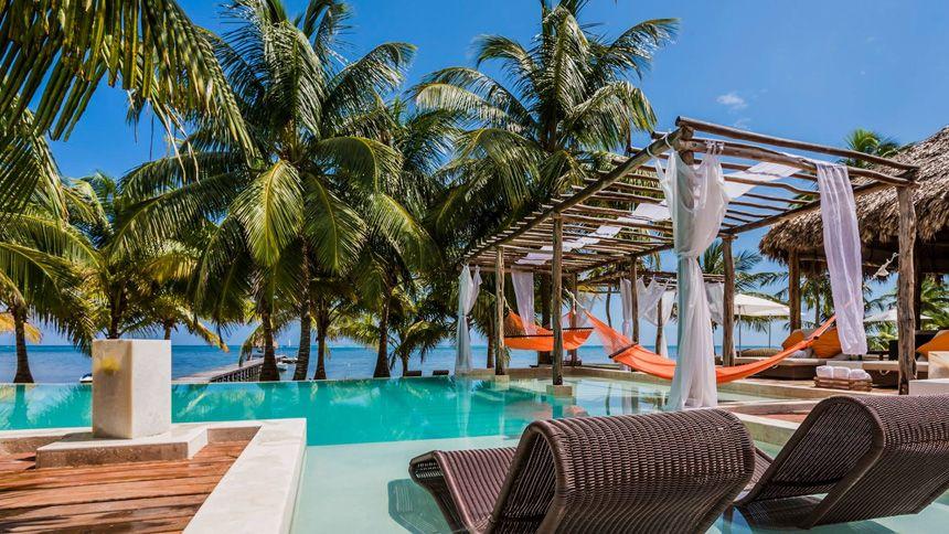 Booking.com - Worldwide hotel deals from £8