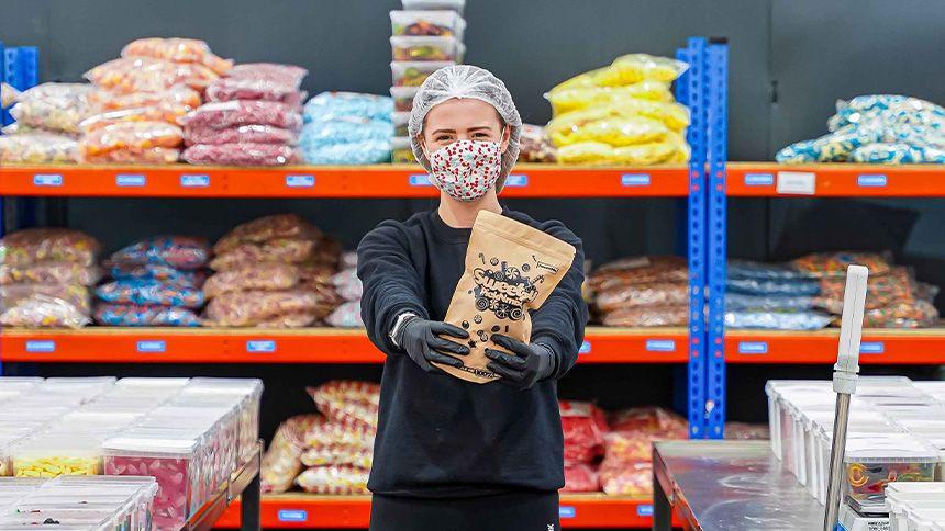 Sweetzy Online Sweet Delivery - 20% Volunteer & Charity Workers discount