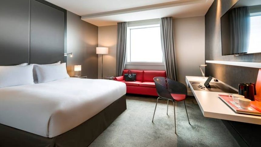 UK & Worldwide Hotels - £25 off for Volunteer & Charity Workers