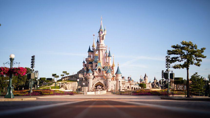 Disneyland® Breaks - £40 Volunteer & Charity Workers discount